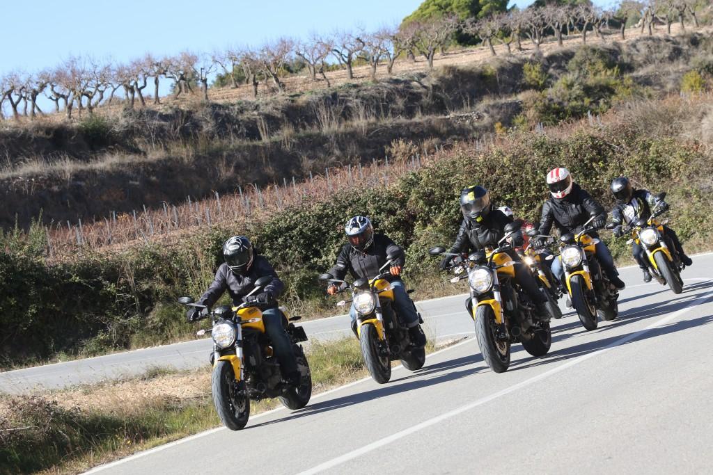 Pres. Ducati Monster 821_07