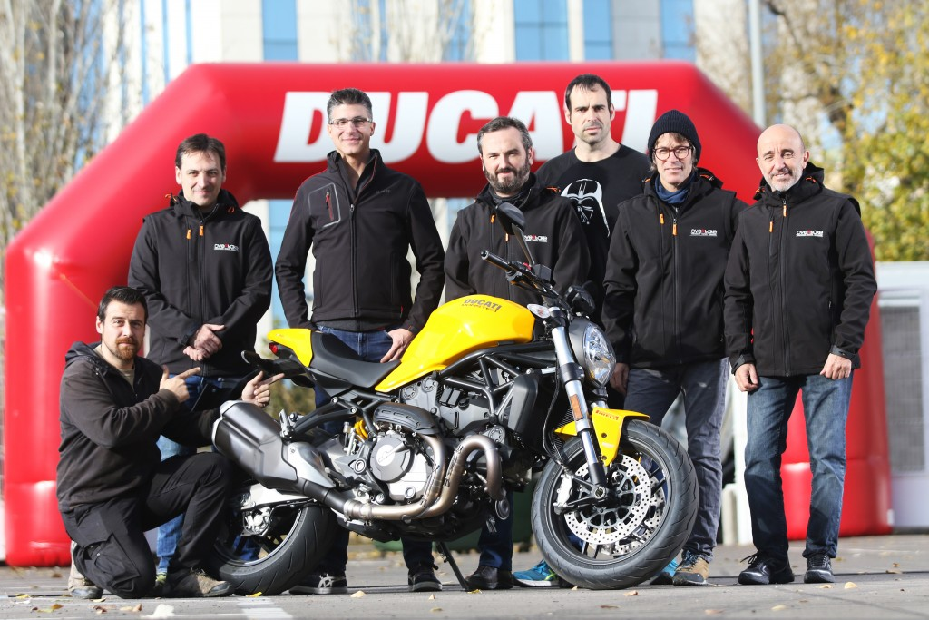 Pres. Ducati Monster 821_12